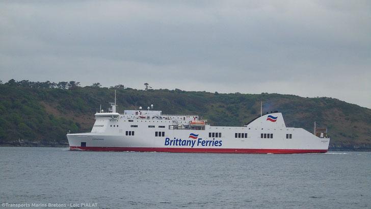 M/V Connemara entering Brest harbour.