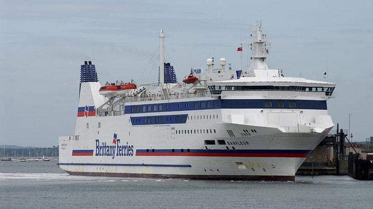 M/V Barfleur arriving in Poole.