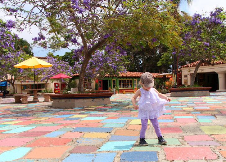 San Diego Spanish Village Art Centre