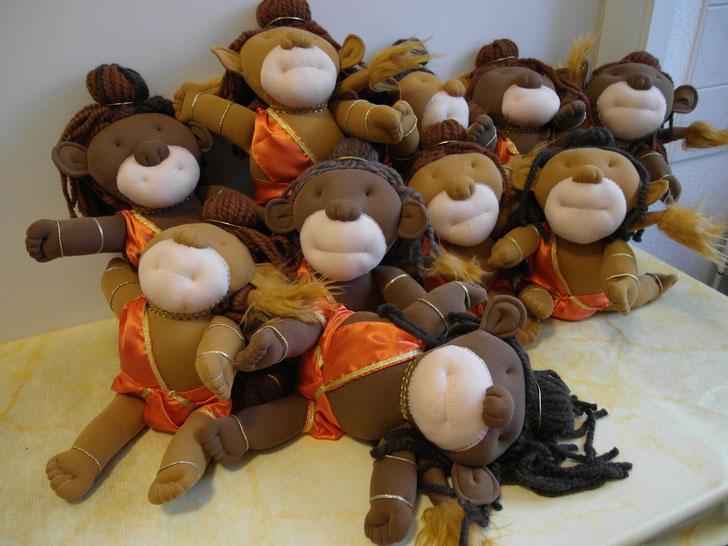 Baby Hanuman vor seiner Bemalung.