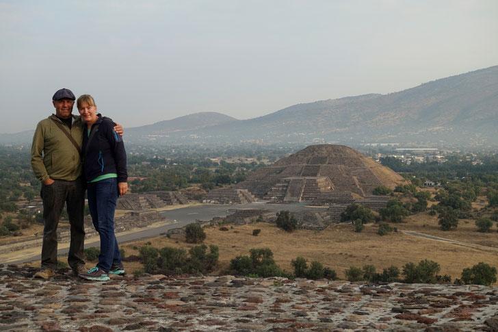 Auf der Sonnenpyramide in Teotihuacan