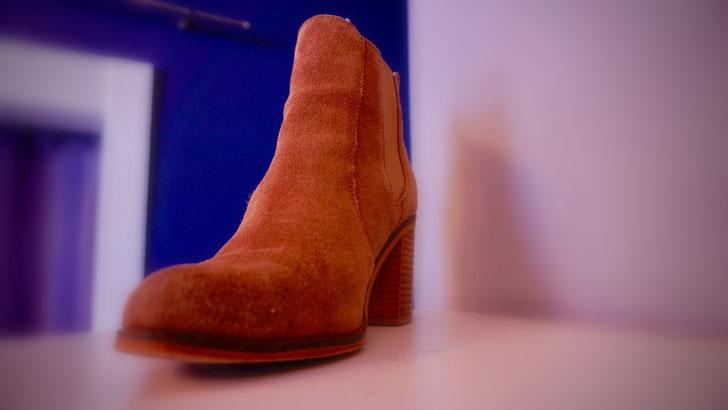 Reparatur Damen Stiefel in Rauhleder braun