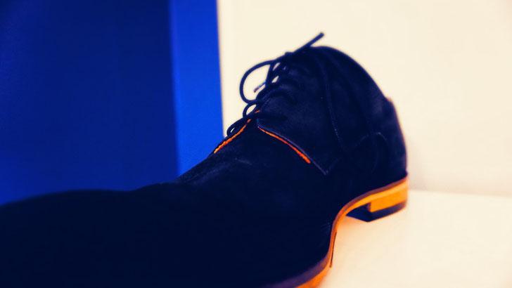 Reparatur nach Kundenwunsch Herren-Schuh dunkel