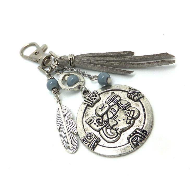 Bijou de sac MAYA, porte clé maya, plume, bijou de sac gris, bijou de sac argent, fait main en France, accessoire de sac, cadeau