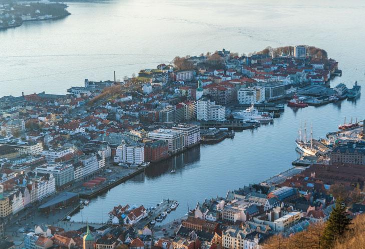 Bergen vom Aussichtsberg Fløyen gesehen