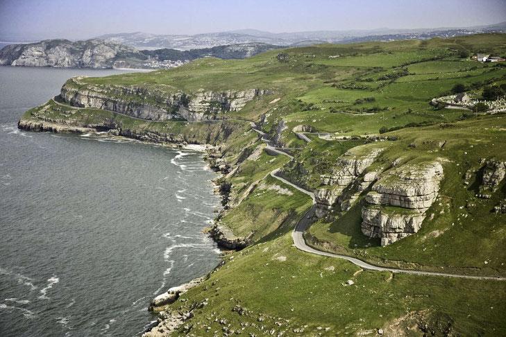Blick vom Great Orme auf die Küste © Crown copyright (2019) Cymru Wales