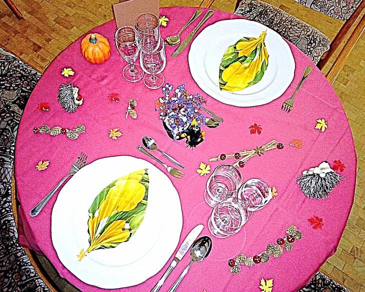 Tischdekoration, Herbst, Servietten, Kürbis