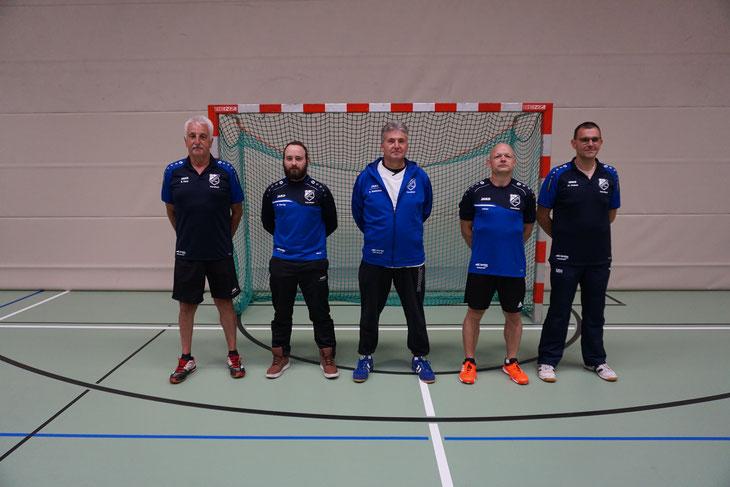 Das Trainerteam um Thorsten Eisenhauer wurde mit Athletiktrainer Marko Hebel, Tormanntrainer Ralf Hasenstab und Norbert Fürst erweitert.