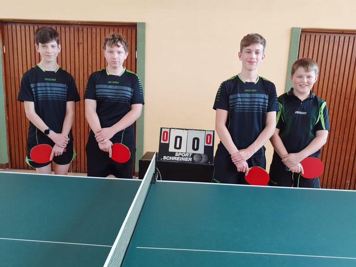 v.l.n.r.: Finn Bertram, Kai Siebertz, Luca Jan Surges und Lukas de Hesselle