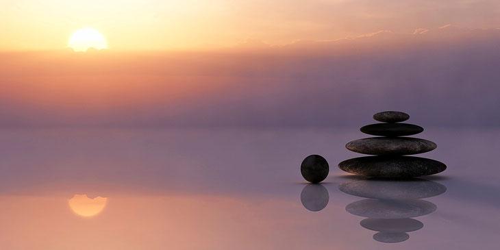 10 Entspannungszeichen im Körper. Wie erkenne ich Entspannung? Was passiert, wenn mein Körper sich entspannt?