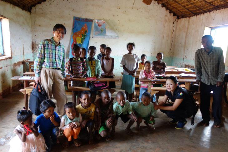 里山の循環の文化を子どもたちに学んでもらいたい!私立ロバソア小学校の子どもたちと。