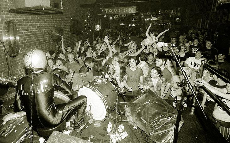 """Cooler Bandname: Die Punkrocker Akne Kid Joe legen in diesem Jahr unter anderem im Ulmer """"Roxy"""" sowie im Freiburger """"ArTik"""" einen Tourstopp ein. Hoffen wir's zumindest! Foto: Max Hässlein"""