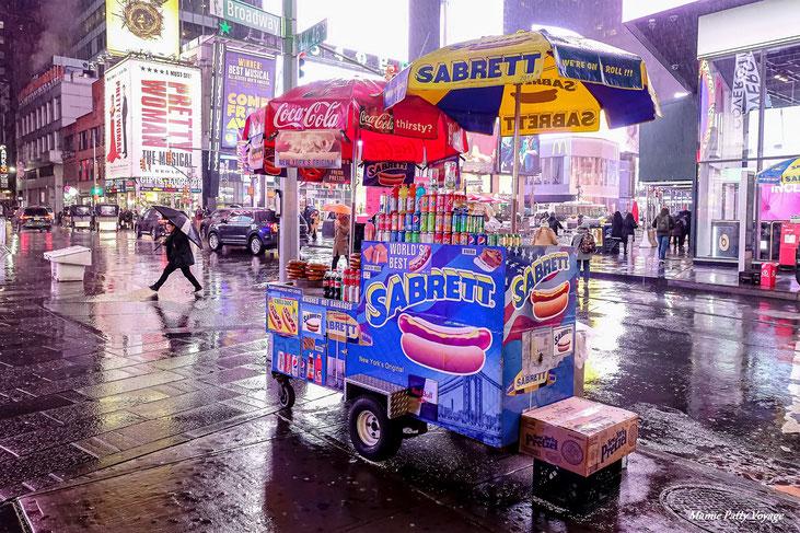 Hot dog follies, New York