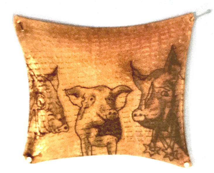 """""""Animal Farm"""" aus George Orwell - Tätowierte Schweinehaut 12x14 cm  2003"""