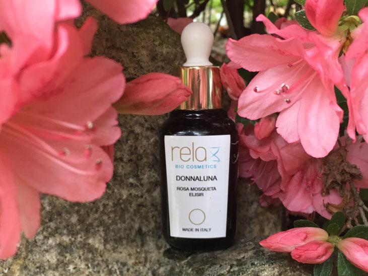 L'olio Elisir di rosa Mosqueta della linea Donnaluna