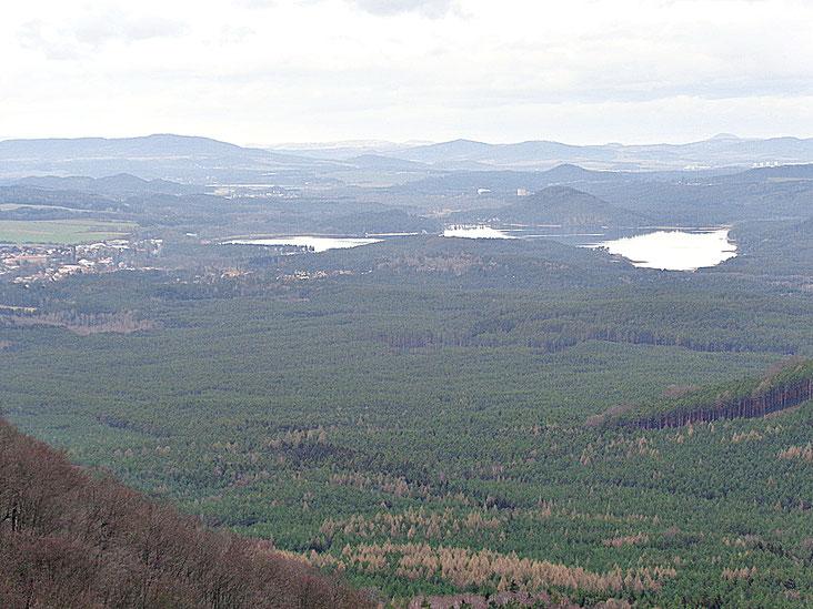 Blick ins Tal - im Hintergrund ist Macha See