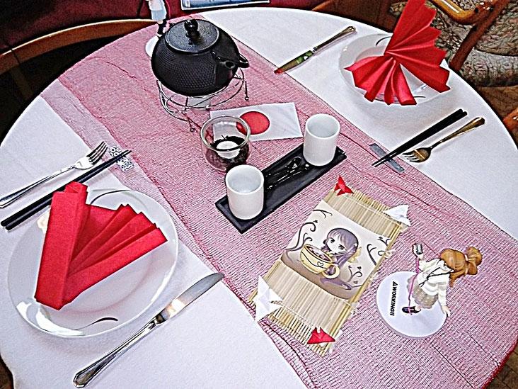 Tischdekoration, Japan, Mangas, Stäbchen, Tee, Fächer