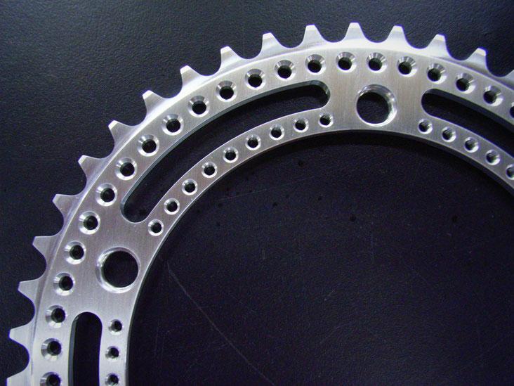 cnc machined bespoke track chainring design australian made chainrings fixie