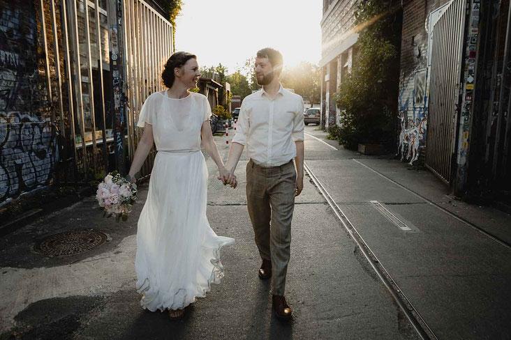 Hochzeitsfotos in der Oberhafenkantine in Berlin