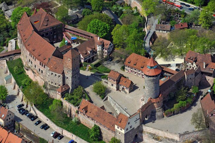 Luftaufnahme Kaiserburg Nürnberg / Wikipedia
