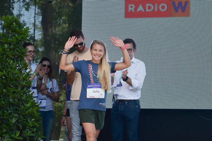Julia Mayer laufen Österreich Wien Frauenlauf Podium Siegerehrung Dsg Wien wmns running store dippmann win sieg österreichischer Leichtathletik verband polar