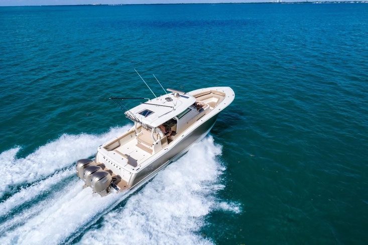 Scout Boats 380 LXF owner's manual