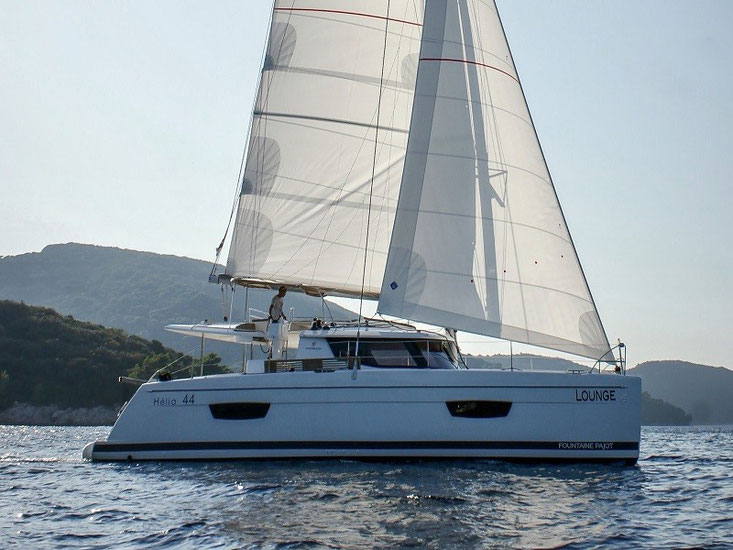 Fountaine Pajot Helia 44 Owner's Manual