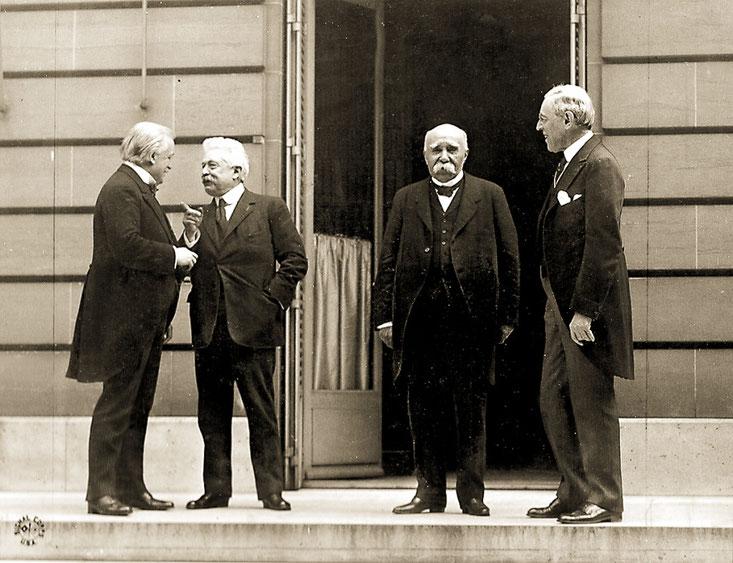 Da sinistra: Lloyd George, Orlando, Clemenceau, Wilson