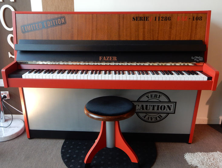 Piano Droit Style Industriel