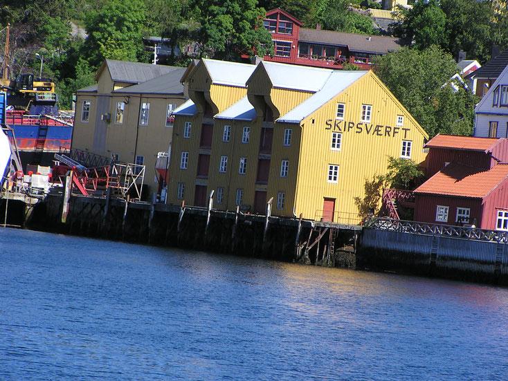 ... und Kurzvisite der Hafenstadt Kristiansund direkt am Atlantik ...
