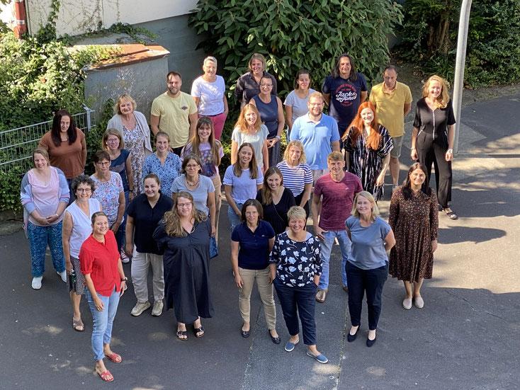 Ein erfahrenes und kompetentes Kollegium freut sich über seine Schülerinnen und Schüler.