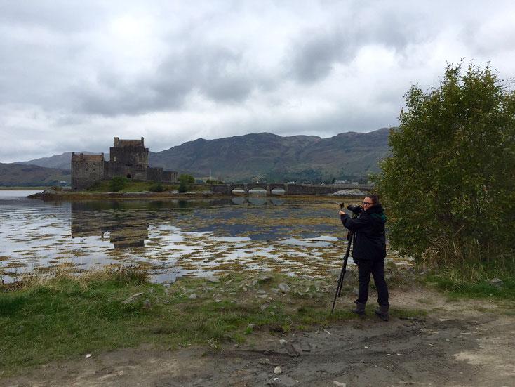 Elean Donan Casle_Schottland_Die Roadies_Wohnmobil_Hund