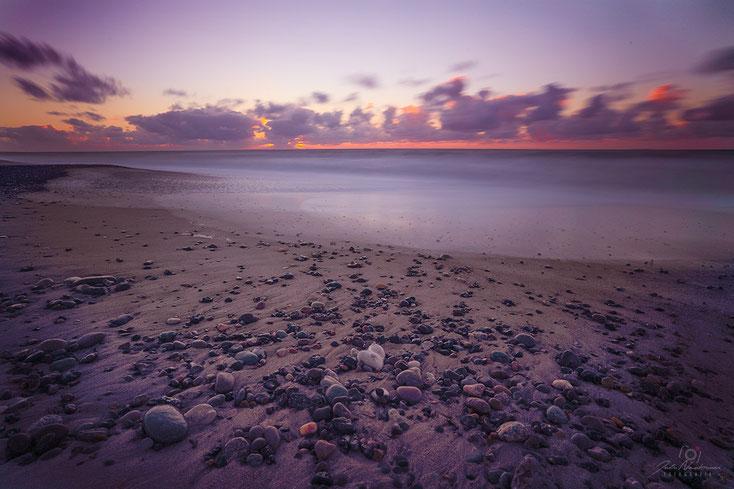 Dänemark_Meer_Welle_Sonnenuntergang_Strand_Boot_die Roadies