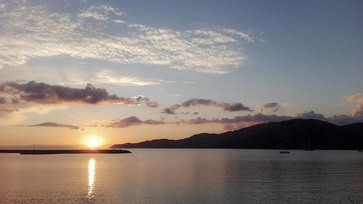 Sonnenuntergang bei Villasimius auf den  Villaggio Camping Spiaggia del Riso