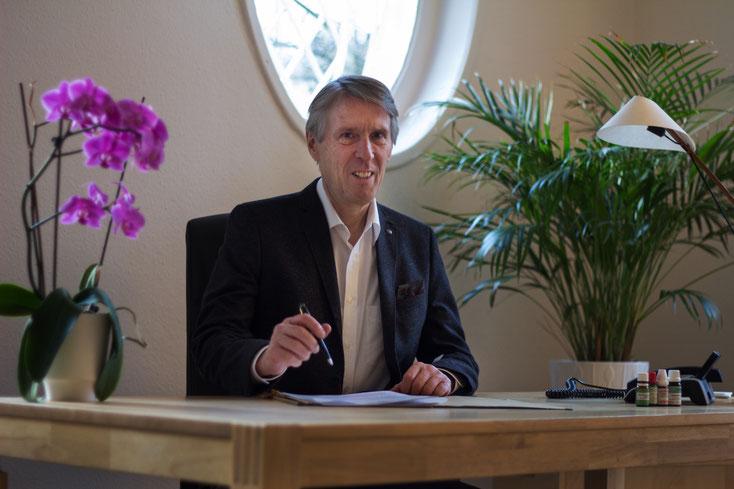 Frank Ulbrich, Heilpraktiker, Klassische Homöopathie und Systemische Therapie, Hamburg