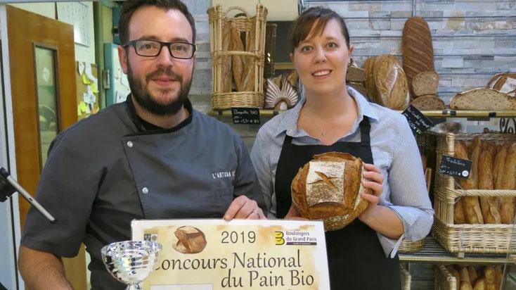 Jean-Pascal et Christelle Detrait ont été classés 10es au Concours national du pain bio 2019,et 1ers de la région Centre-Val de Loire avec la tourte de meule.