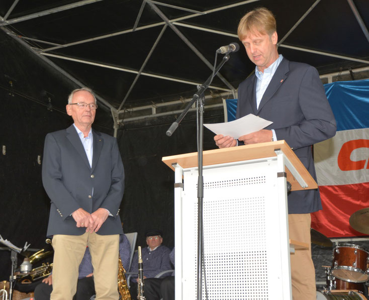 Heiner Rickers würdigte das Engagement von Gründungsmitglied  Klaus Soltau.