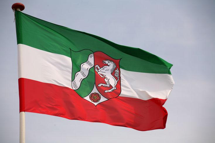 Flagge Nordrhein-Westfalen; Detektei Westfalen, Detektiv Westfalen, Privatdetektiv Westfalen