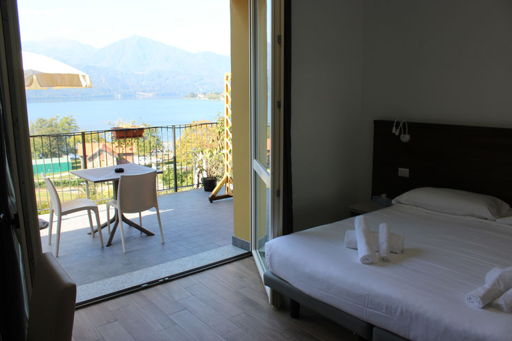 DOUBLE ROOM WITH ORTA'S LAKE VIEW