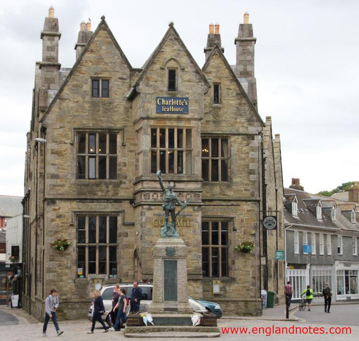 Sehenswürdigkeiten und Reisetipps für Truro, England: Charlotte's Tea & Coffee House in der Coinage Hall