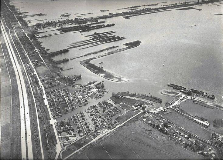 Luchtfoto Vinkeveen 1963
