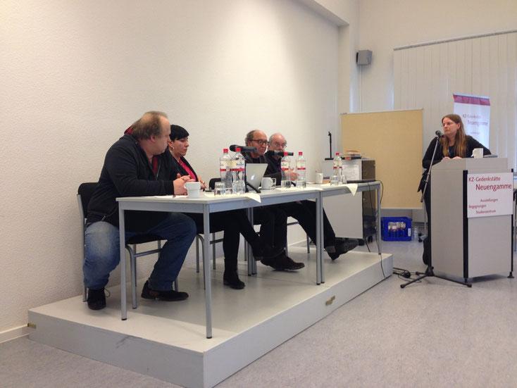 """Abschlussdiskussion """"Herausforderungen für eine kritische Gedächtnisarbeit"""" Podium v.l.n.r.: Prof. Dr. Christoph Kopke, Anne Goldenbogen, Dogan Akhanli, Prof. Dr. Axel Schildt, Moderation: Dr. Susann Lewerenz"""