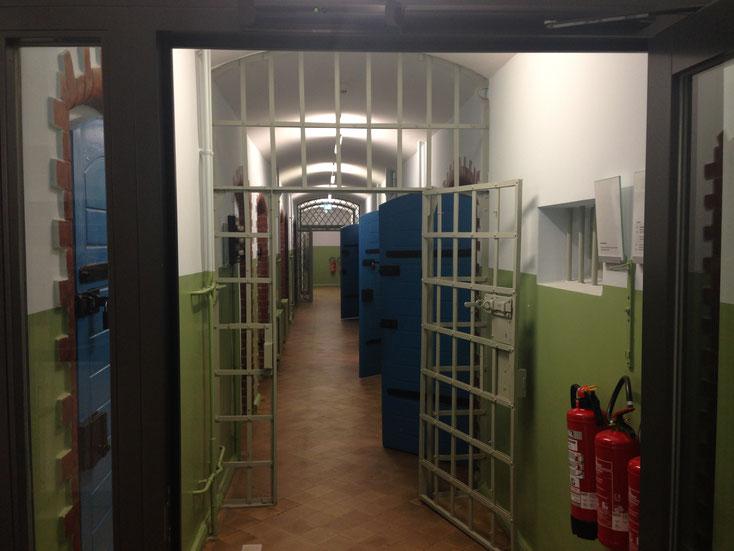 Blick in die Dauerausstellung der Gedenkstätte ROTER OCHSE Halle