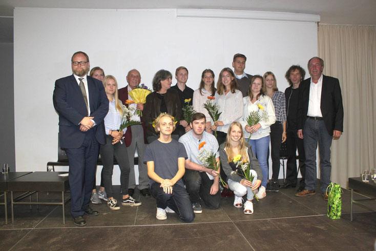 Die Beteiligten an dem Projekt. Foto: Manuela Kirchhoff / Gedenkstätte und Museum Sachsenhausen