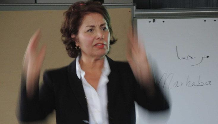 Temperamentvoll und kompetent. Ayleen Dardan erklärt die Kulturen. (Bilder&Texte: Kalle Schillings)