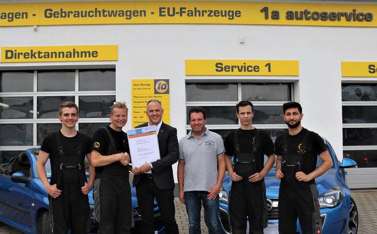 V.l.n.r.: P.Daiber, Uwe Hennigs, R.Gottschalk (Handwerkskammer), P.Hörnle (2.Vorsitzender HGV), O.Havic und S.Abdo