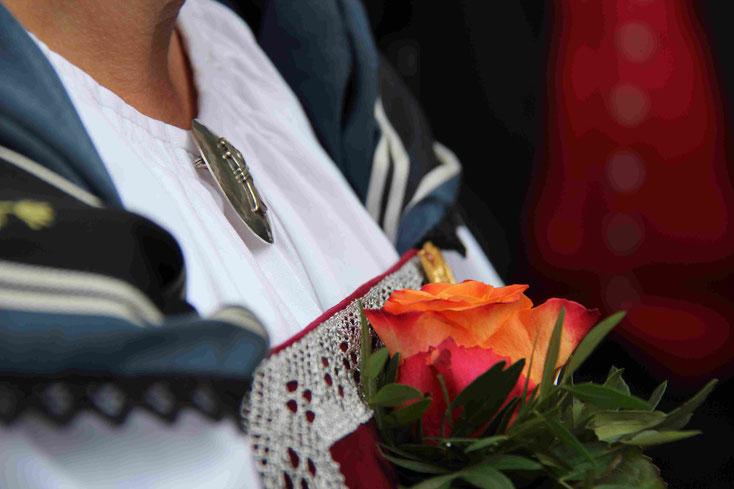 Aktuelles Gruppenbild anlässlich des Eidg. Jodlerfest in Brig (2 Aktivmitglieder fehlen)