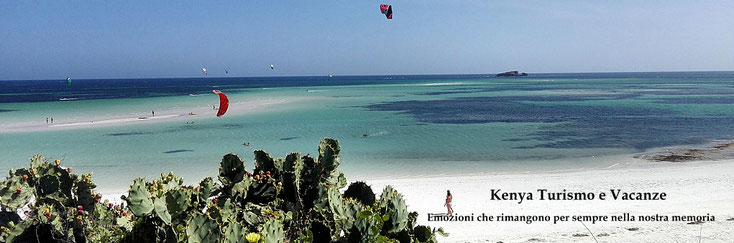 Kenya Turismo e Vacanze. Turtle Bay Watamu. In the background the Whale Island
