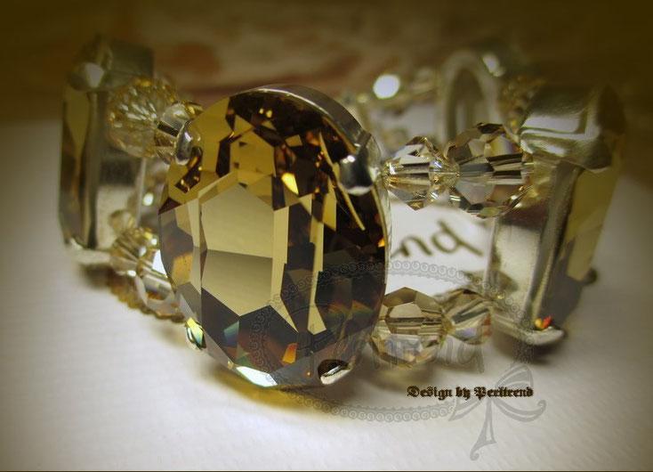 www.perltrend.com Armschmuck Bracelet Crystal Crystals Golden Shadow Swarovski beige Highligt Perltrend Luzern Schweiz Onlineshop Schmuck Jewellery Jewelry