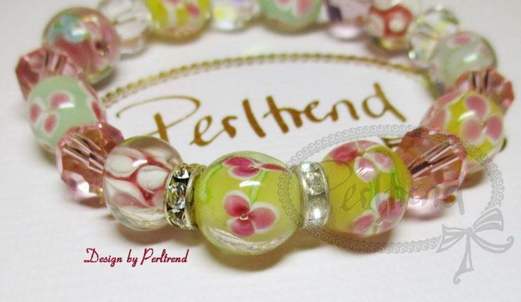 www.perltrend.com Armschmuck Gelb Rosa Türkis Grün Lila Funny Pastell Fleur Blumen Glasperlen Bracelet Armband Armkette Perltrend Onlineshop Schmuck Jewellery Luzern Schweiz Swarovski Crystals